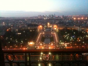 vue de la tour eiffel blog 300x225 iPhone Daily Pictures #4