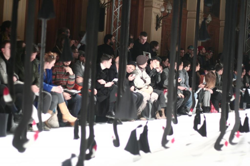 blog mode défilé henrik vibskov paris fashionweek pfw 1024x682 Paris Fashion Week Hommes A/H 2013 2014// Défilé Henrik Vibskov