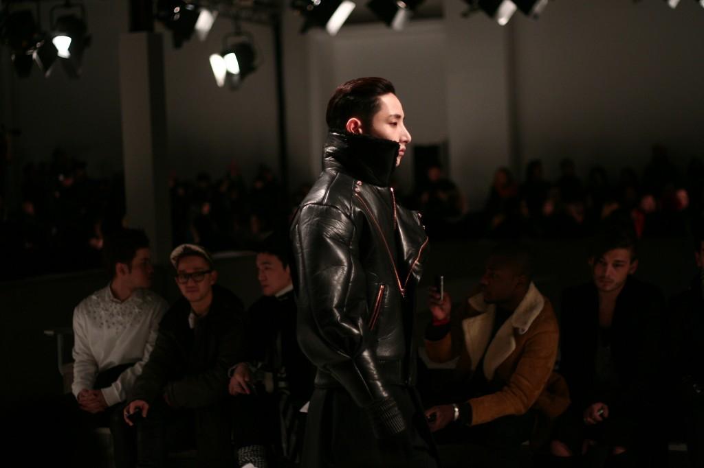 blog paris fashionweek juunj mode mannequin homme 1024x682 Paris Fashion Week Hommes A/H 2013 2014// Défilé Juun J.
